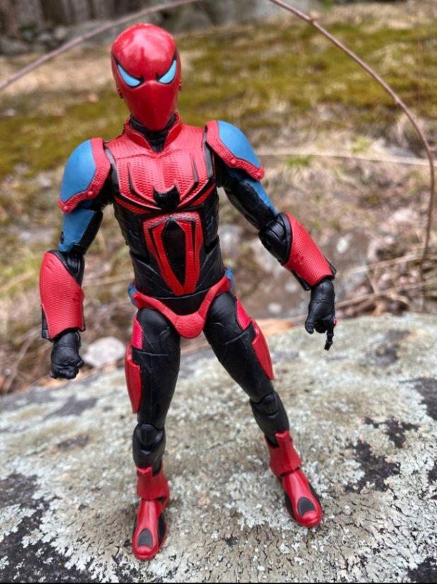 Hasbro Marvel Legends 2020 Spider-Man Armor Mark III Figure Review