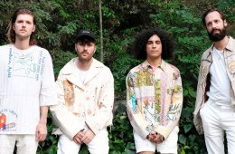 Miami Horror presenta Restless.
