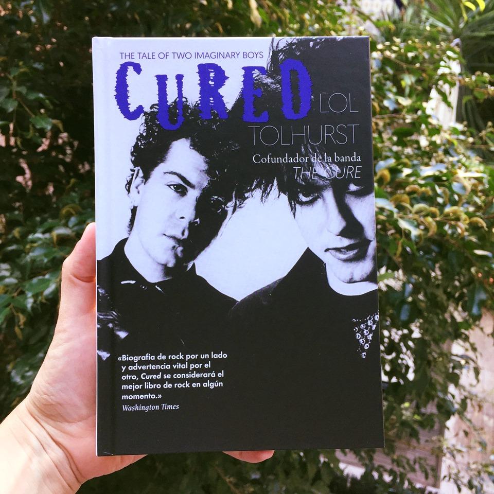 """""""Cured"""": el oscuro paseo por la memoria de Lol Tolhurst"""