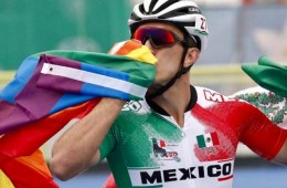 patinador-mexicano-bandera-lgbti-olimpicos-panamericanos-2019