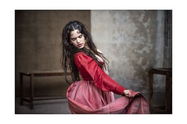 rosalia foto calendario juliet llantas pirelli looking shakespeare 2020