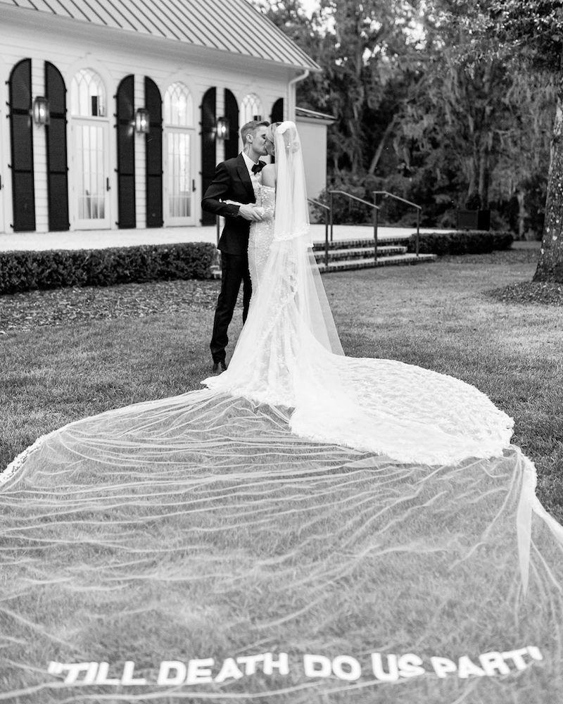 hailey baldwin justin bieber boda vestido novia velo mensaje 2019