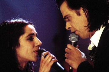 "PJ Harvey coverea a Nick Cave y lanza su versión de ""Red Right Hand"""