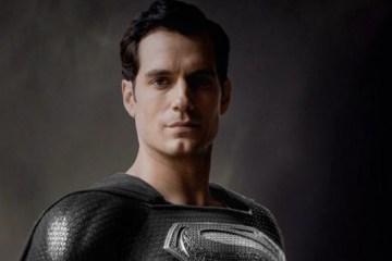 zack snyder superman traje negro imagen henry cavill snyder cut