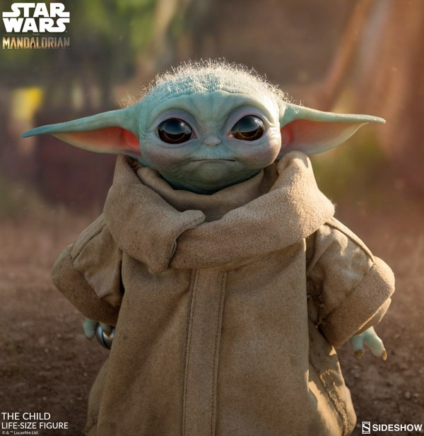 baby yoda figura tamaño real sideshow collectibles the mandalorian