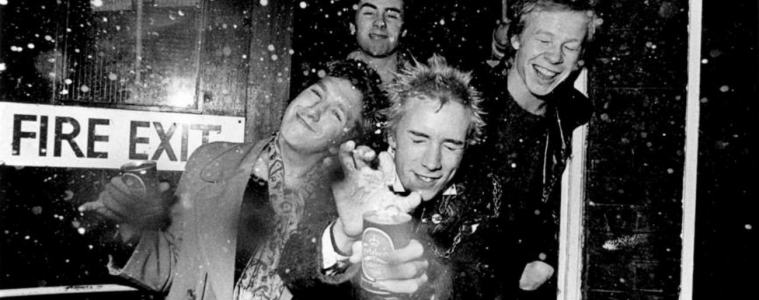 sex-pistols-serie-biopic-pistols-steve-jones