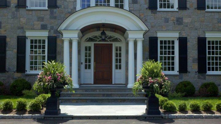 Add Cast Iron Urns To Improve Your Entry