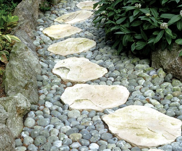 Improve Your Garden With Hardscaping Basics