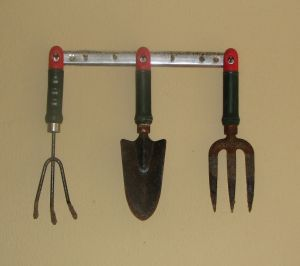 Top 5 Tools You'll Need for a Spring of Gardening