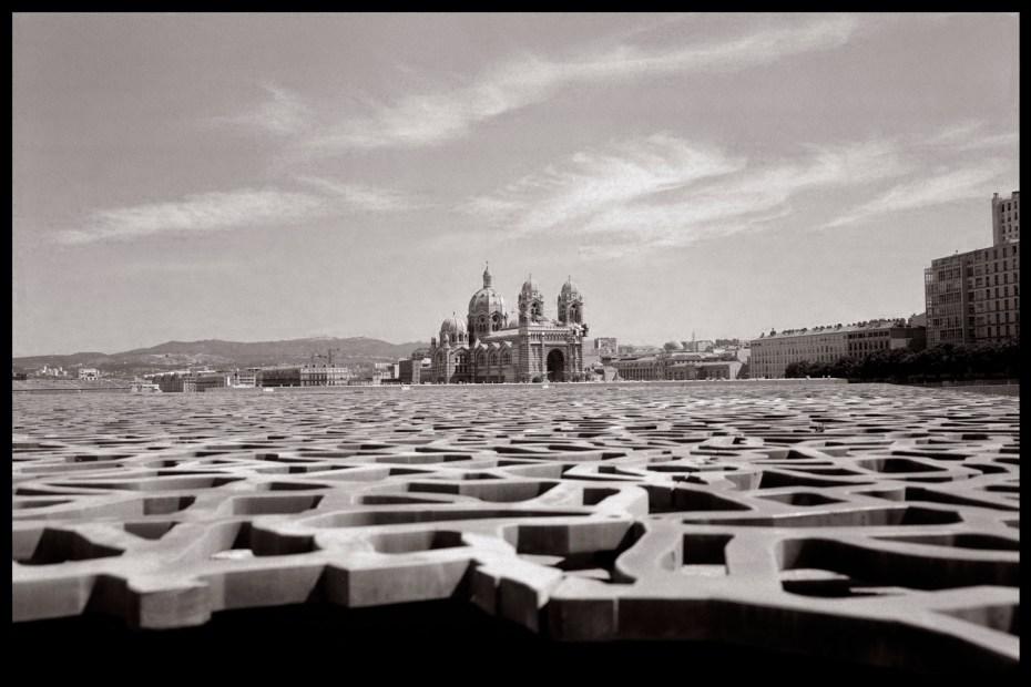 Notre Dame de la Garde vue du MUCEM. Marseille.