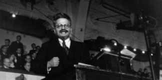 γέννηση Λέον Τρότσκι, Λόγος στην Κοπεγχάγη, Οκτωβριανή Επανάσταση