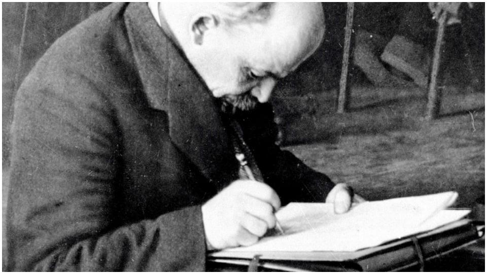 To the Working Women – Lenin 1920