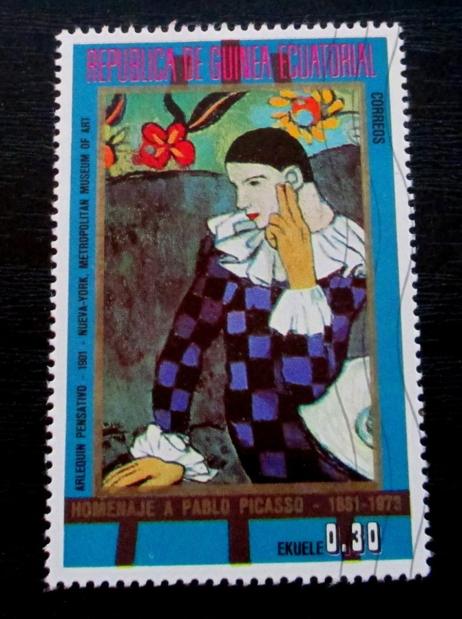 Pablo Picasso | A stamp featuring the work 'Harlequin' (1901)