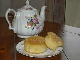 tea-and-biscut
