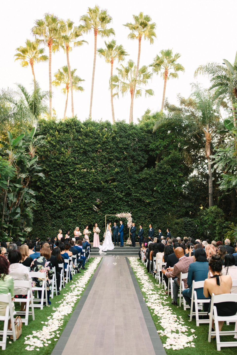 Beverly Hills Four Seasons wedding ceremony by Mary Costa Photography