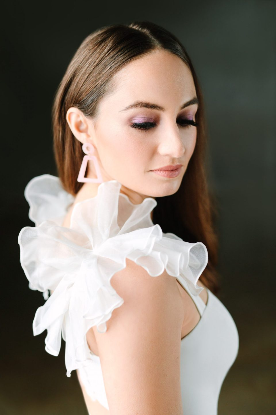 Modern bridal look by Mary Costa Photography