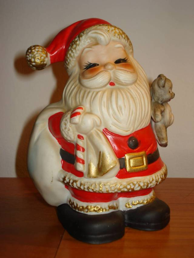 It took me five minutes to dig this Santa figurine out of storage. One jolly ornament can set the tone for your edited holiday. January 2015.