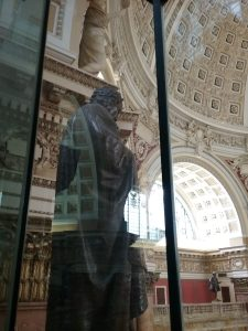 Sir Isaac Newton sculpture, Library of Congress, Thomas Jefferson Building, Washington DC, 2019.