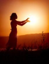 ist1_6876220-to-catch-the-sun
