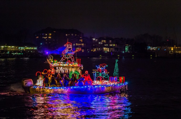 Enjoy a Holiday Boat Parade in Annapolis on Sat., Dec. 8