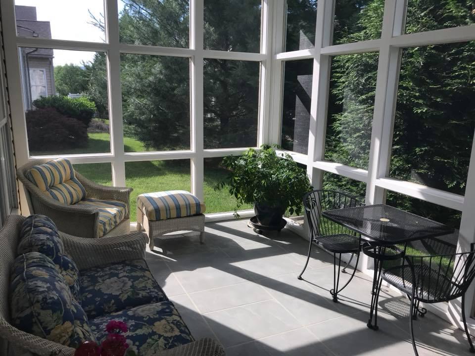 custom screened porches with screeneze