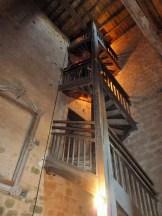 Der Turm ist ebenfalls offen, und man darf die Treppen hochsteigen !