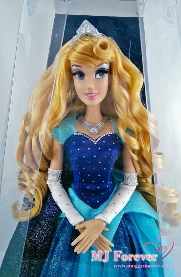 Disneyland Resort's 60th anniversary Aurora doll. LE 3000.