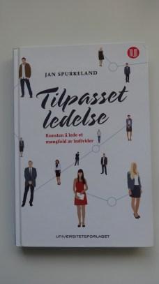 Fremtidens ledelse, beskrevet i norsk kontekst av Jan Spurkeland.