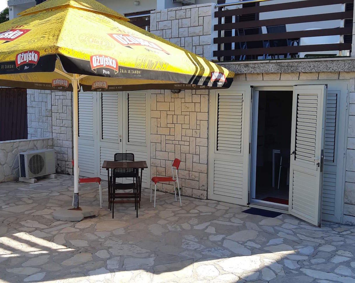 Apartment studio - patio
