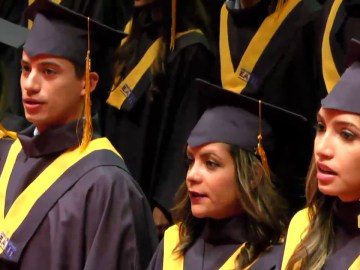 Grados de pregrado Universidad EAFIT 15 de Diciembre 2016. Hora: 10:00 a.m.