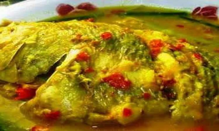 1. Resep Masakan Ikan Mujair Bumbu Kuning