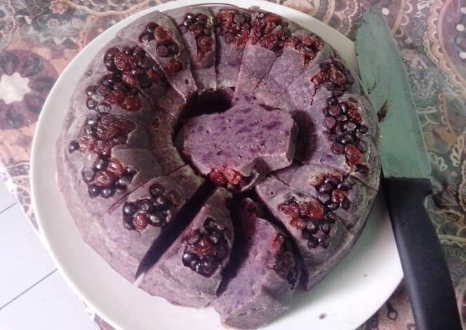 15. Bolu kukus ubi ungu