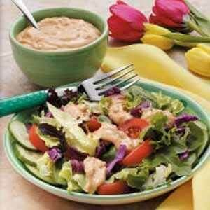14. Salad Sayuran dengan Thousand Island Sauce