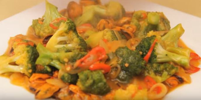 resep masak kerang hijau tumis brokoli