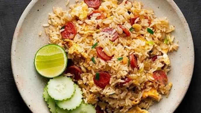 Resep nasi goreng putih sosis