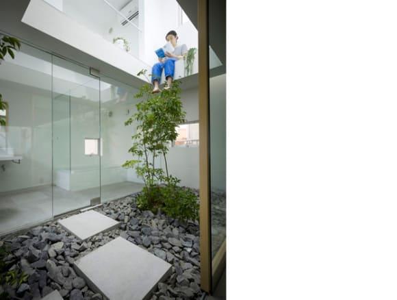 10 невероятных крошечных домов в Японии: фототур
