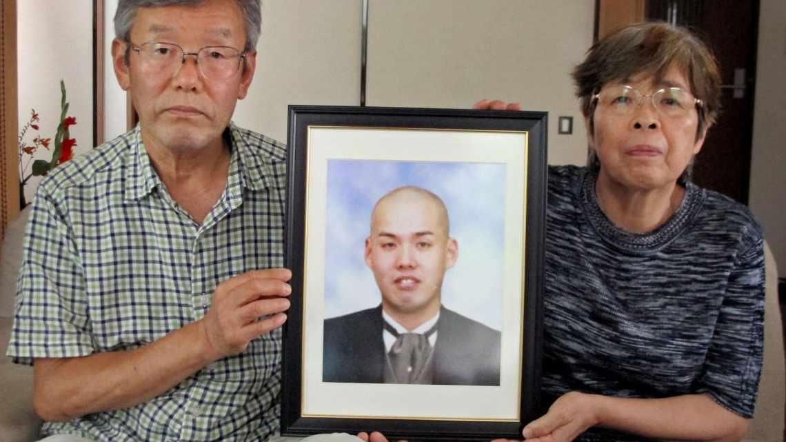Япония: ограничивает сверхурочные часы, чтобы обуздать смерть от переутомления