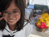 Найденное письмо умершей девочки оказывает поддержку её матери и вызывает слёзы у читателей
