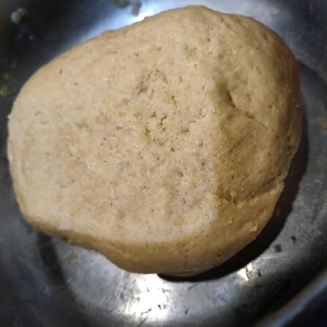 Resting_the_Litti_dough