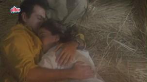 Sanjay Kapoor, Madhuri Dixit - Raja Scene 10_13 - YouTube[(002195)20-58-46]