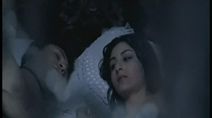 Soha Ali Khan Hot Clip -Khoya Khoya Chand -[(000807)19-23-32]