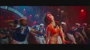 Halkat Jawani - Heroine Exclusive HD New Full Song Video feat. Kareena Kapoor - YouTube[(000501)19-14-27]
