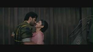 Parineeti Chopra kiss & sex scene[(000079)19-01-24]