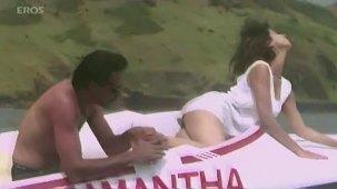 Tanha Tanha song (HD) - Rangeela - YouTube[(002437)20-41-45]