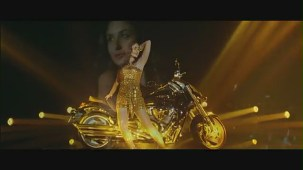 Main Heroine Hoon - Heroine Official New Full Song Video feat. Kareena Kapoor - YouTube[(001388)19-57-46]