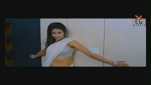 Gayathri in Gola Gola Film (Full Song) - YouTube[(002479)19-50-21]
