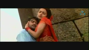 Mellagaa - Trisha Rain Song From Varsham Video Song HQ - YouTube[(003108)19-33-20]