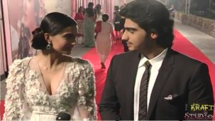 Sonam Kapoor Deep V Neck Dress at JTHJ Priemere - YouTube[(000638)20-30-06]