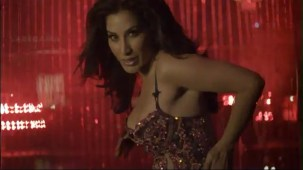 Sophie Choudry - Hungama Ho Gaya - Official Video[(001039)20-13-17]