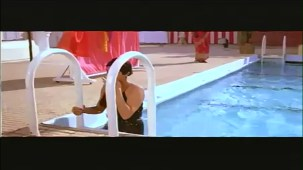 Sridevi In Sexy Bikni From Flim Karma - YouTube(2)[(000151)21-52-24]